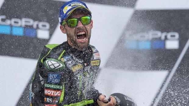Jonas Folger absen di MotoGP 2018 karena tengah menjalani masa penyembuhan sakit yang dideritanya. (