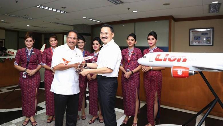 Menpar Arief Yahya ketika berkunjung ke kantor Lion Air di Lion Air Tower, Jl Gajah Mada, Petojo Utara, Jakarta Pusat (dok Kemenpar)