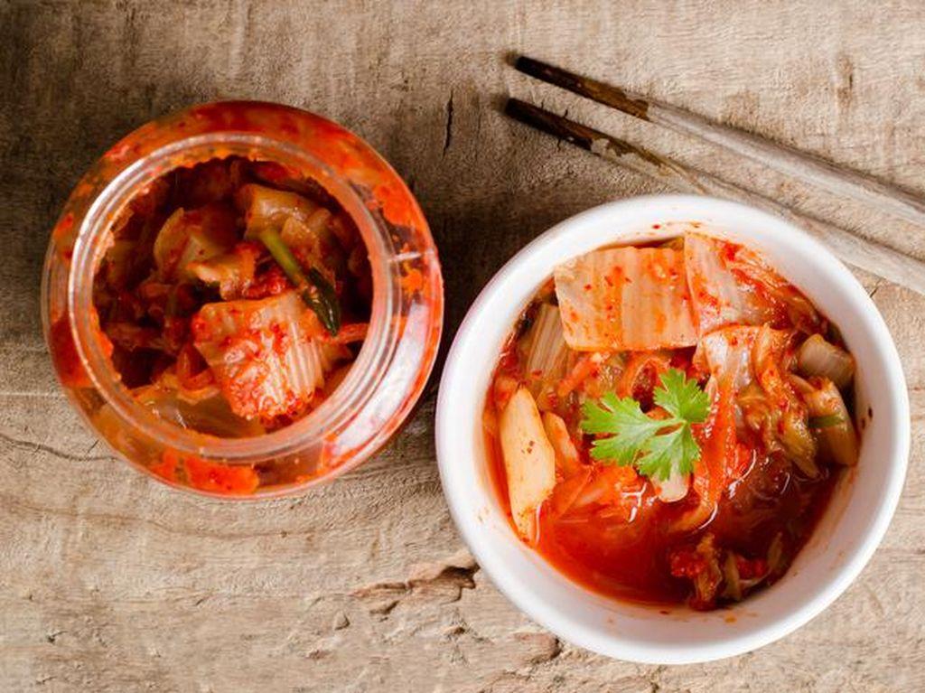 Makan Kimchi Bisa Bantu Lancarkan Pencernaan hingga Jaga Berat Badan (2)