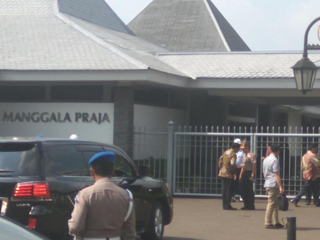 Senangnya Djarot dengan Kedatangan Obama ke Jakarta