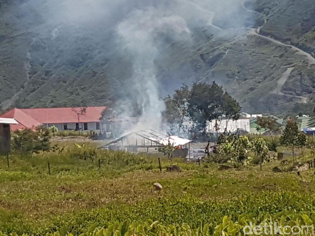 Puluhan Rumah di Puncak Jaya Papua Dibakar Massa