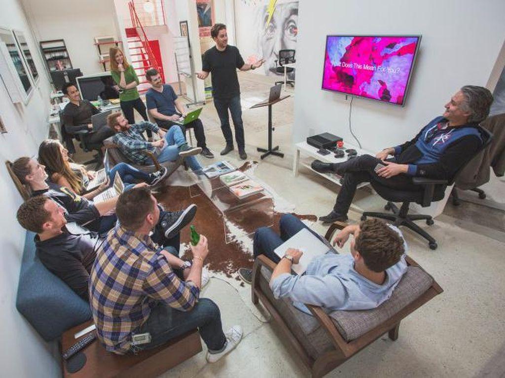 Startup Ini Bikin Perangkat Hybrid Smartphone dan Konsol