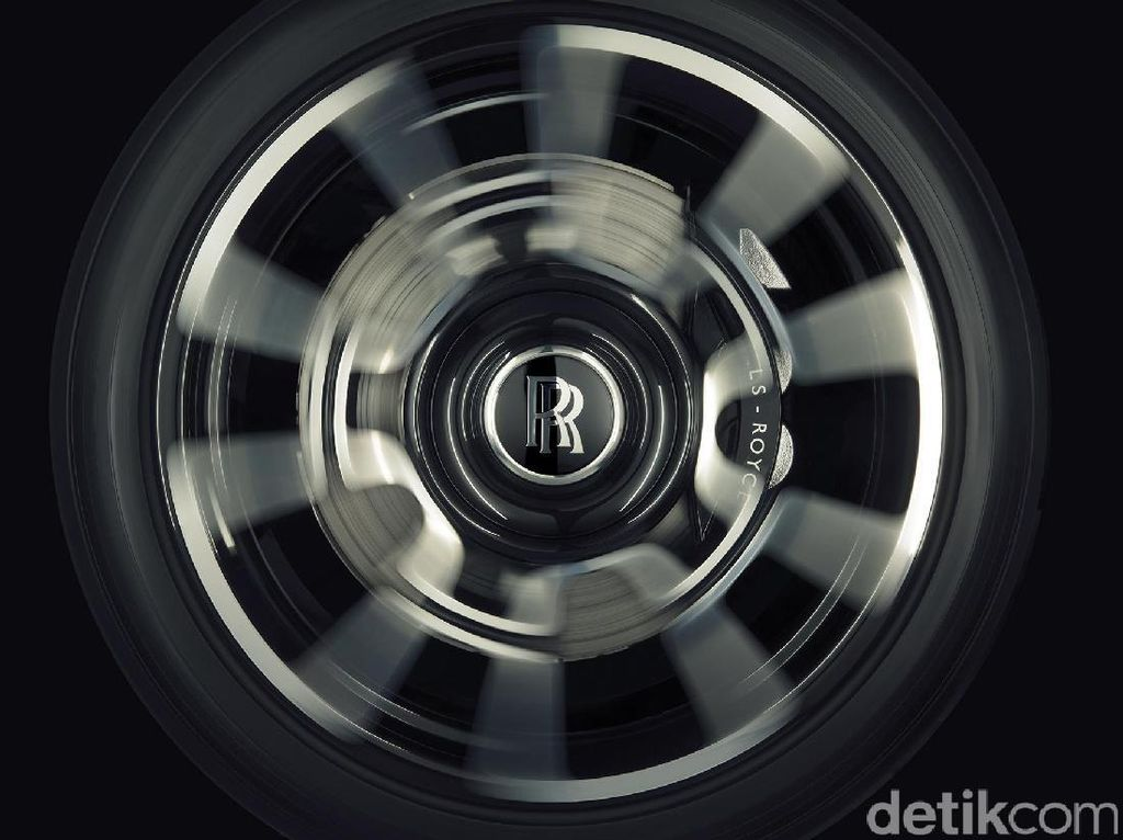 Rolls-Royce Cetak Rekor Penjualan dalam 115 Tahun