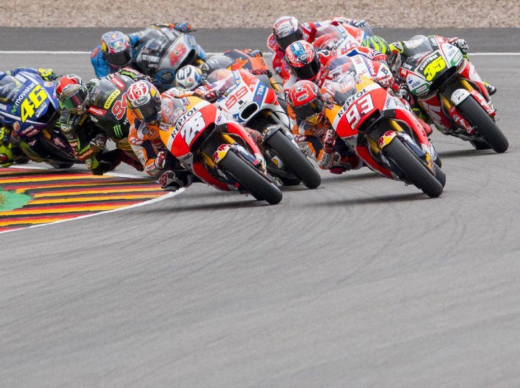 Papan Atas MotoGP 2017 di Separuh Musim: Sengit dan Panas