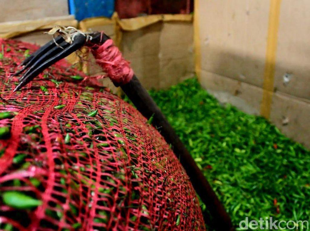 Jokowi: Stok Cabai hingga Gula Pasir Defisit di Beberapa Provinsi