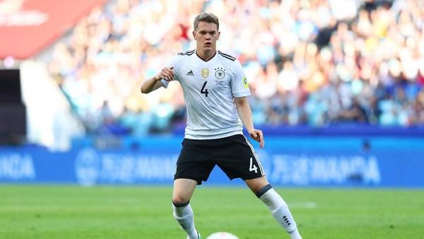Tinggalkan Dortmund, Ginter Gabung Gladbach