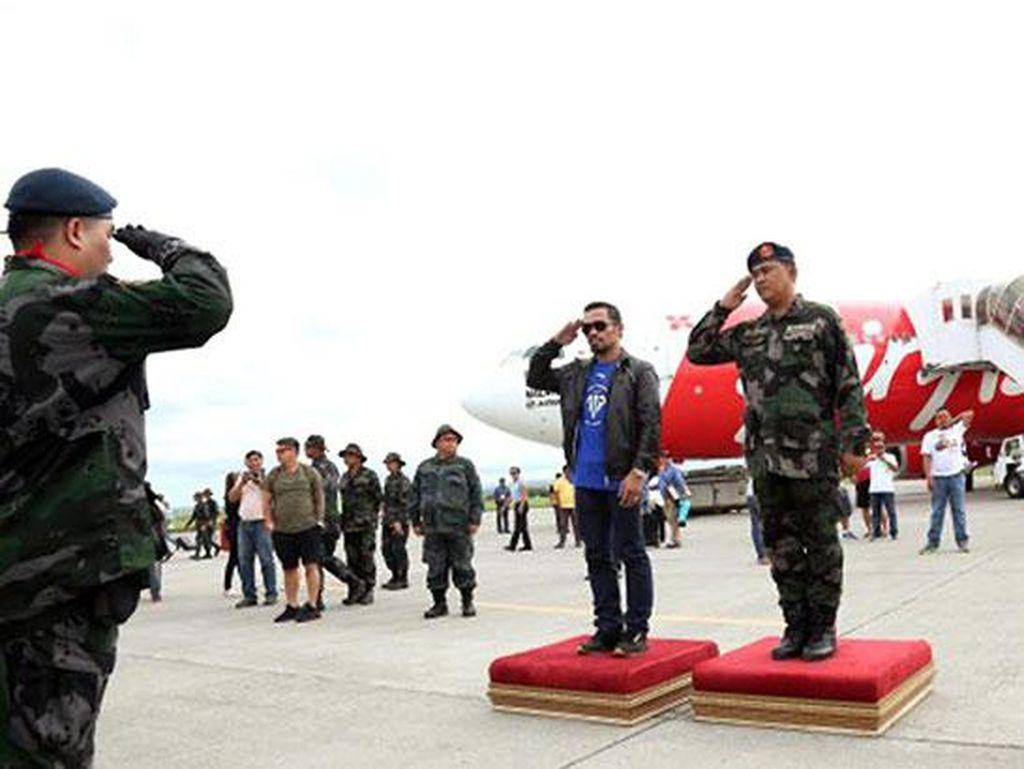 Kalah, Kepulangan Pacquiao Tetap Disambut Upacara Militer