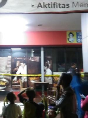 Sebuah Restoran di Ramayana Gresik Terbakar, Pengunjung Semburat