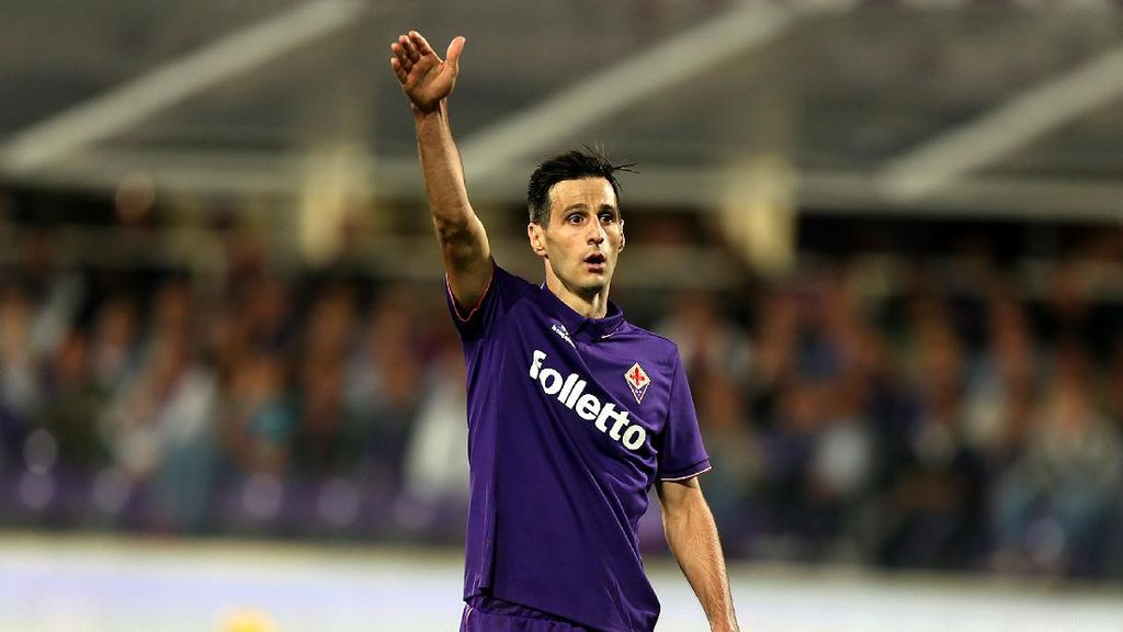 Milan Soal Kalinic, Ibrahimovic, dan 'Hadiah' untuk Fans