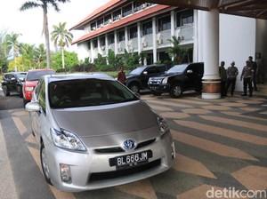 Pertama Ngantor, Gubernur Aceh Nyetir Sendiri dan Dikejar Voorijder