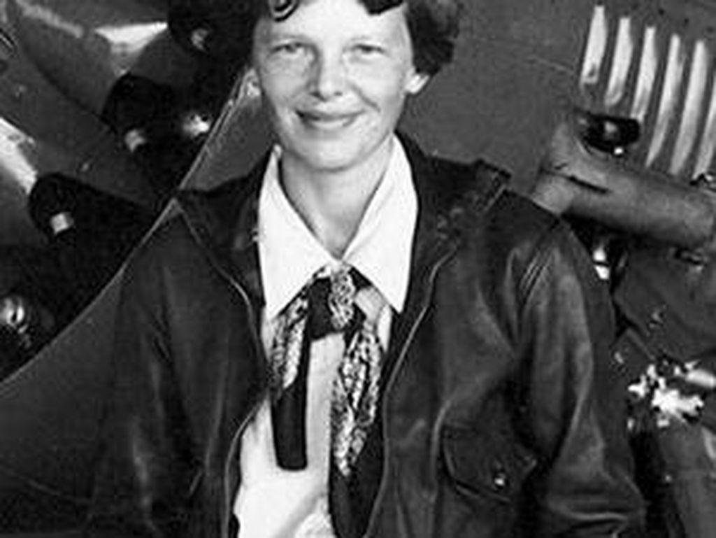 Foto Penyingkap Misteri Hilangnya Pilot Legendaris Amelia Earhart