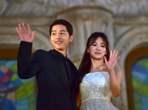 Disebut Tak Restui Song Joong Ki-Song Hye Kyo Nikah, Ini Kata Sang Ayah