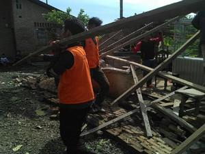 52 Rumah di Medan Rusak Diterjang Angin Puting Beliung
