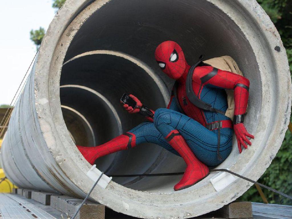 Kostum Spesial untuk Peter Parker di Far from Home