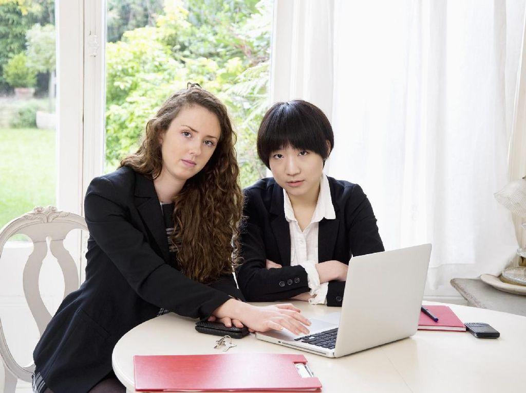 Diberi Libur 10 Hari, Setengah Pekerja Jepang Nggak Happy