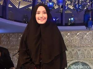Tyas Mirasih Pamer Mahar, Tatjana Saphira Cantik Berhijab