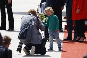 Aksi Menggemaskan Putra PM Kanada Saat Mendampingi Ayahnya