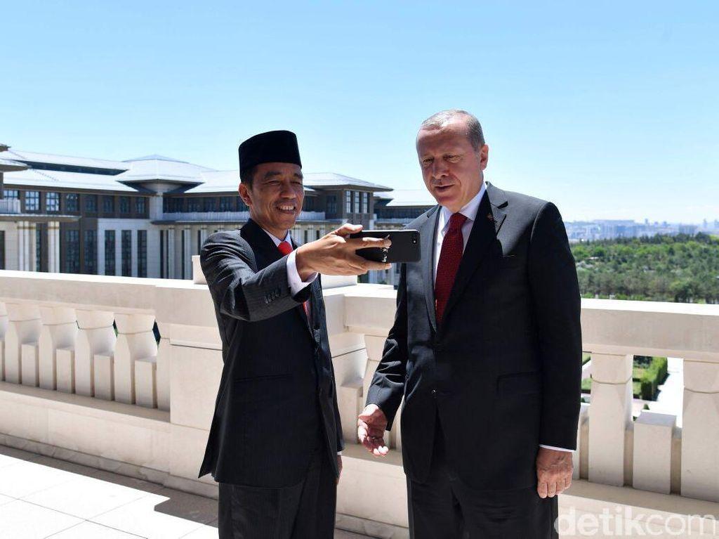 Erdogan Ingin Turki Punya Mobnas Tahun 2021