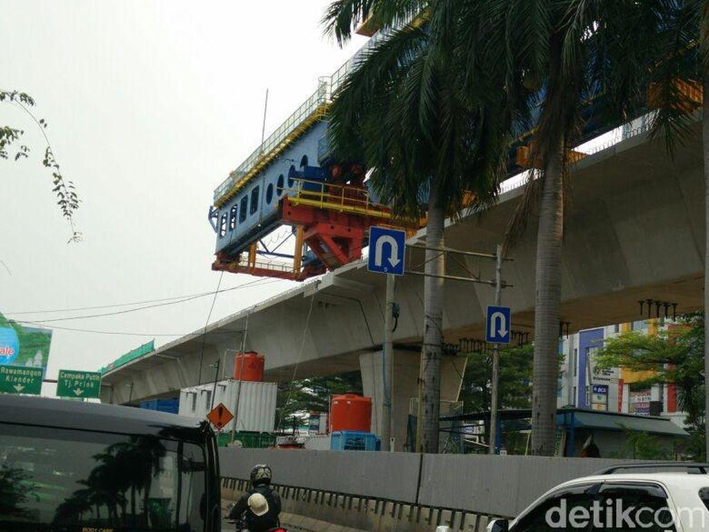 Pembangunan Lintasan LRT Jakarta Dikebut, Rampung Januari 2018