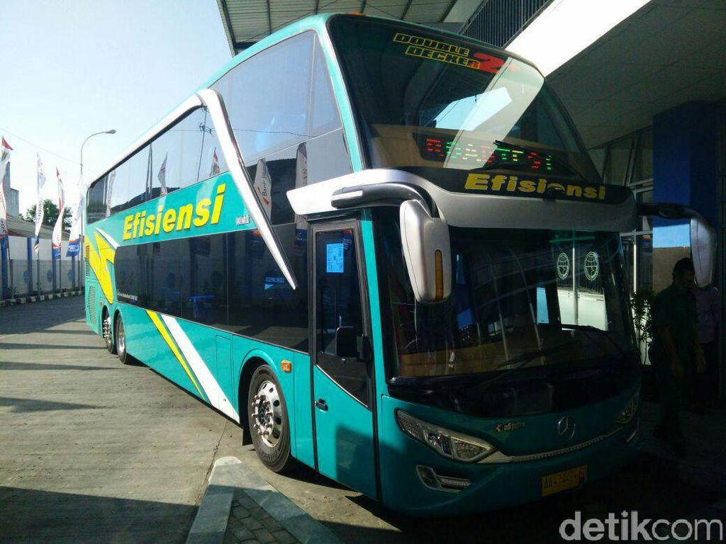 Kemenhub akan Kaji Wacana Pramugari di Dalam Bus