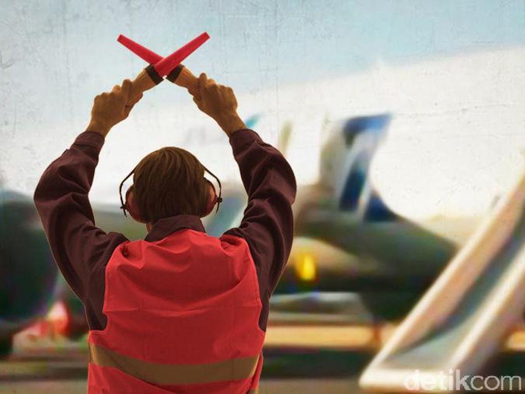 Pria Nekat Buka Pintu Darurat Pesawat di Landasan Pacu