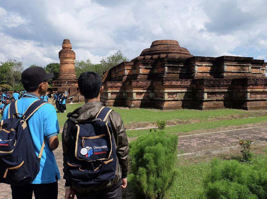 Objek Wisata Candi Muara Takus, Destinasi Penuh Sejarah di Riau