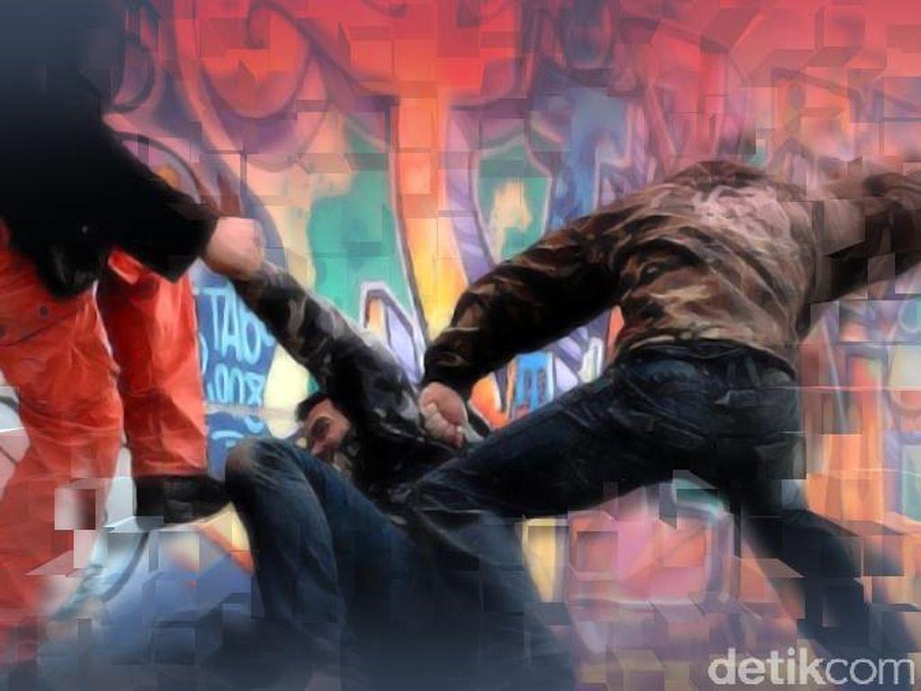 Pria di Bekasi Dibacok Orang Tak Dikenal, Polisi Buru Pelaku