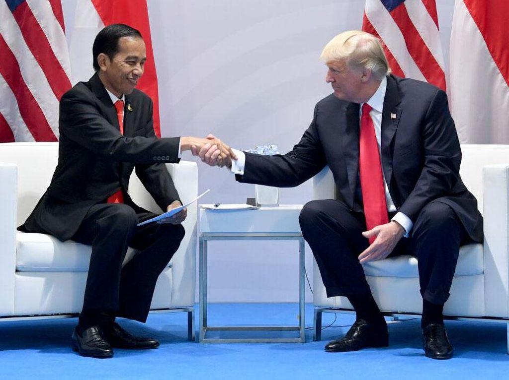 Diundang ke RI, Trump Punya Sederet Momen Akrab dengan Jokowi