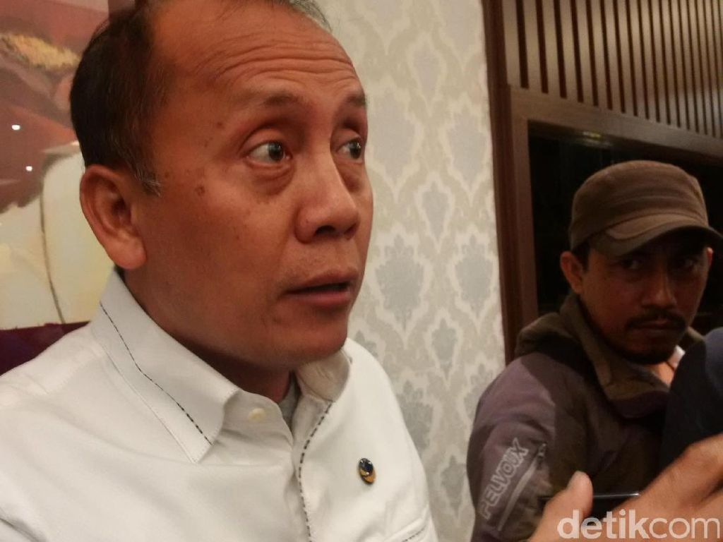 Soal Evaluasi Pilkada, Komisi II DPR Minta Praktik Politik Mahar Dipidana