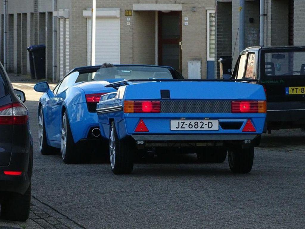 Ketika Supercar Lamborghini Gallardo Pakai Trailer Belakang
