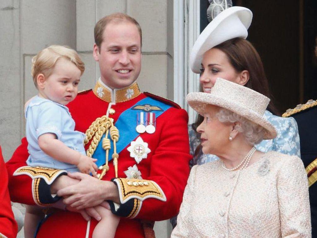 Panggilan Sayang Pangeran George untuk Ratu Elizabeth