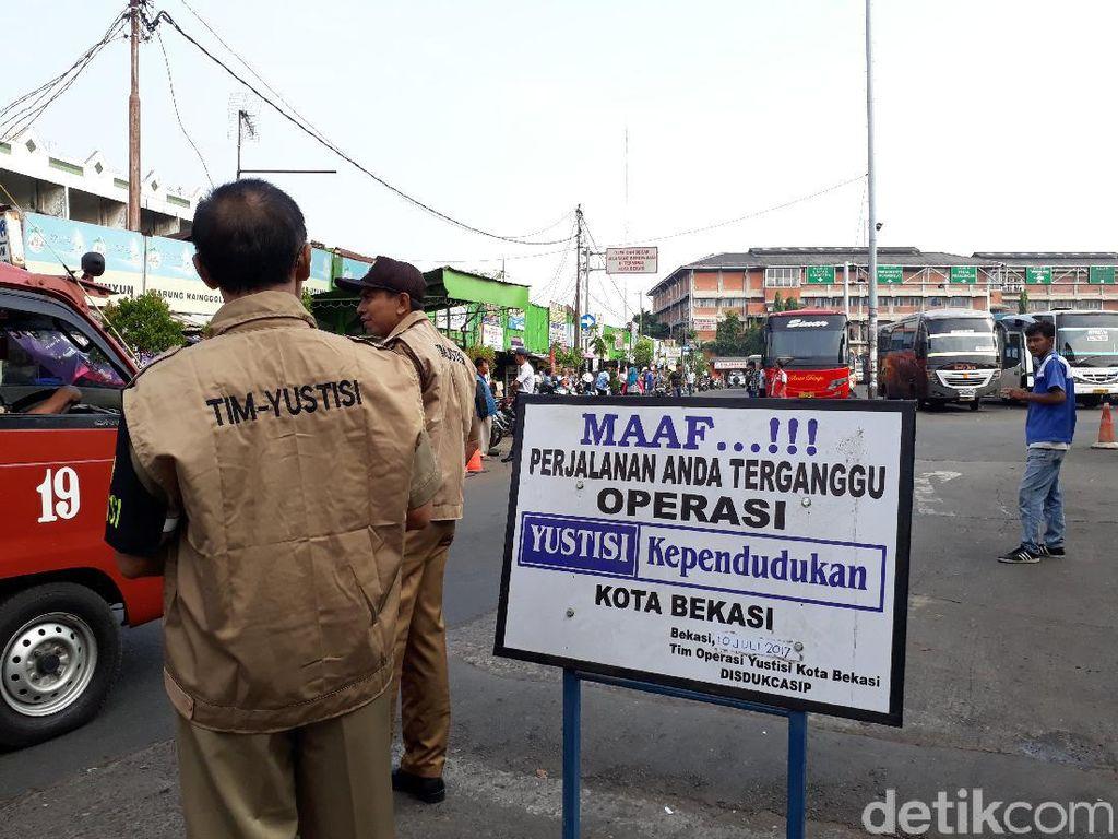Warga Asal Korsel Terjaring Razia Yustisi di Terminal Bekasi