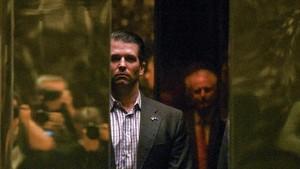 Trump Puji Putranya Soal Pertemuan dengan Pengacara Rusia