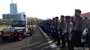 HUT Bhayangkara di Polda Jatim, Gubernur Soekarwo Jadi Inspektur