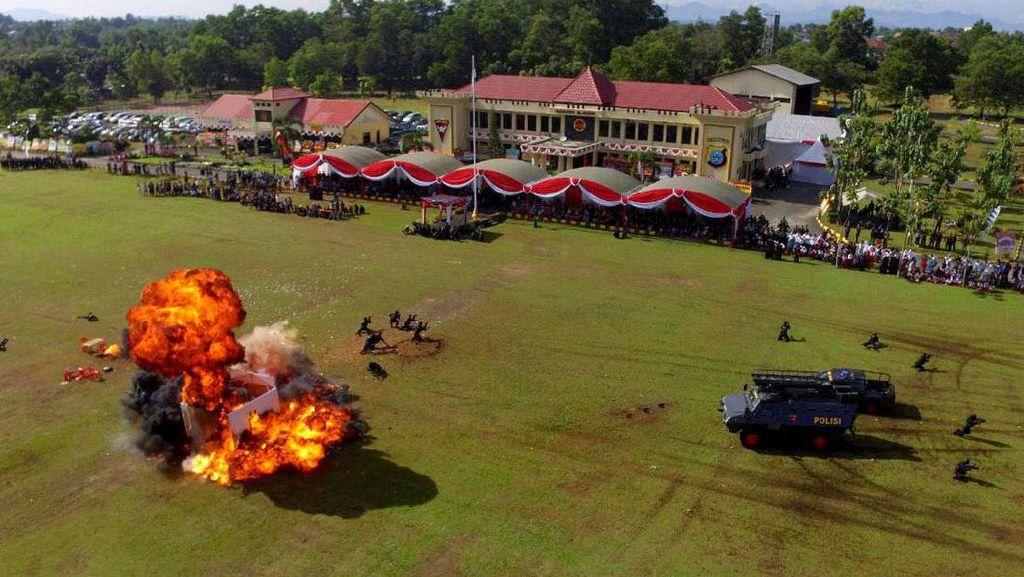 Begini Meriahnya Perayaan HUT Polri di Banjarmasin