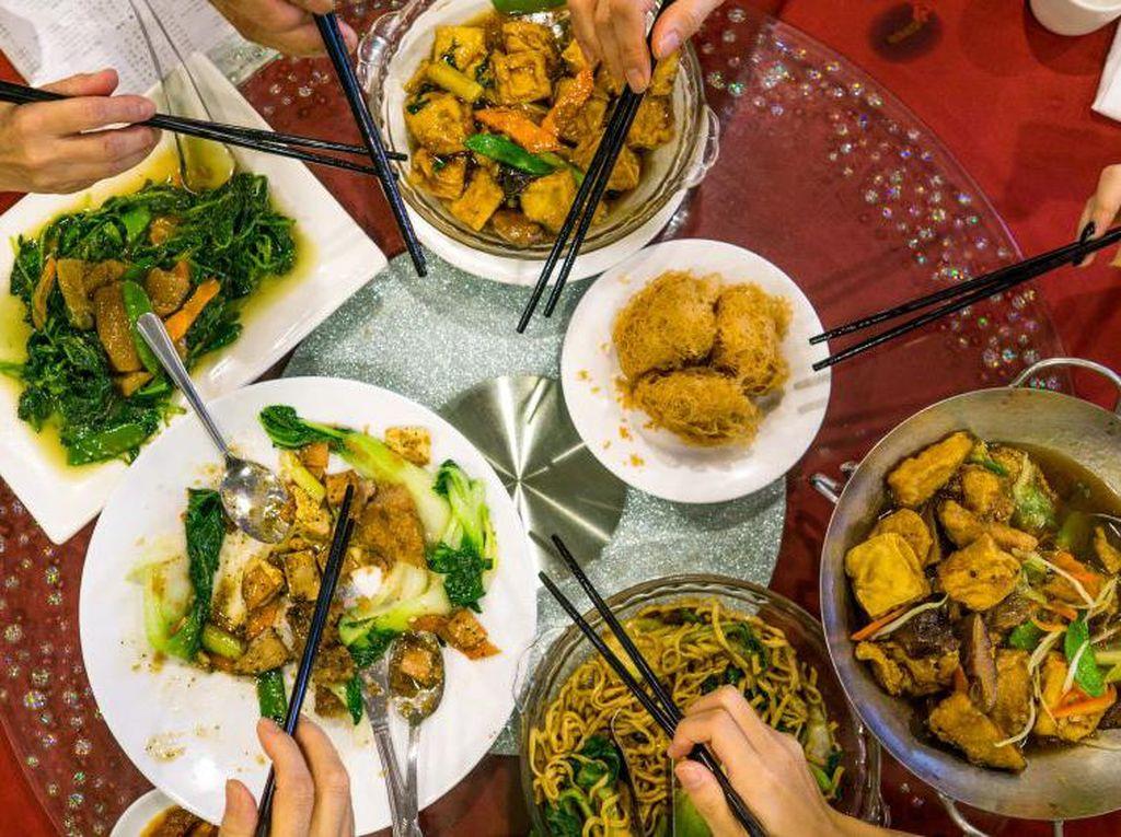Jika Makan Siang Mau Jajan di Foodcourt, Hindari Pesan Makanan Ini (2)