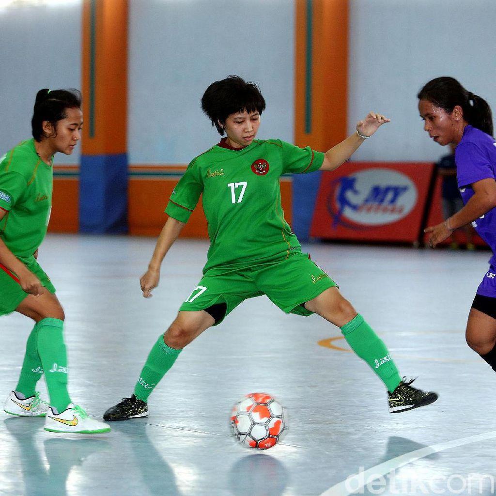 Timnas Futsal Putri: Batal Uji Coba, Tak Punya Jersey, dan Lapangan yang Ideal