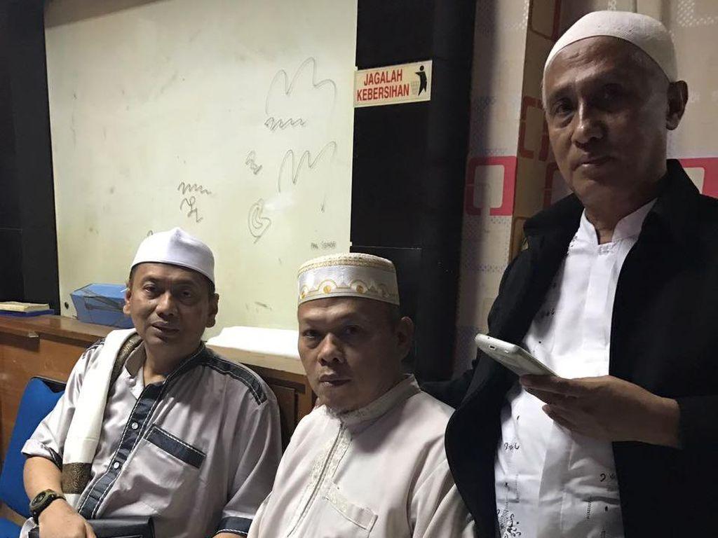 Istri Al Khaththath Jadi Jaminan Penangguhan Penahanan