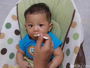 Kadang Pepaya Juga Bisa Bikin Bayi Susah BAB Lho