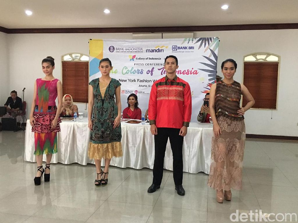 Karya Desainer Indonesia Eksis di New York Fashion Week