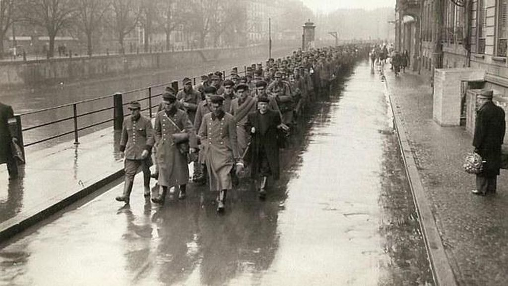 Kengerian Perang Dunia II Dalam Bidikan Kamera Jenderal