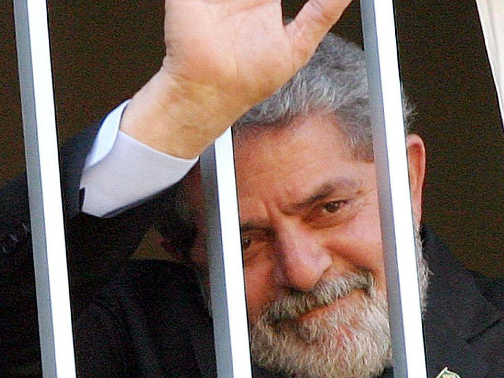 Pengadilan Brasil Sunat Vonis Eks Presiden Lula Terkait Kasus Suap