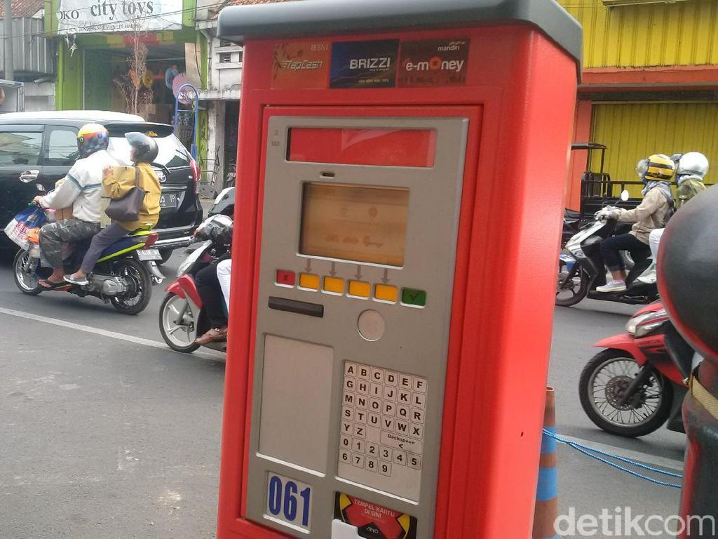 Pemkot Bandung Optimistis Raup Pajak Rp 2 Triliun