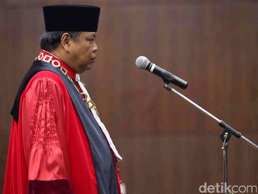Arief Hidayat Ucapkan Sumpah Ketua MK