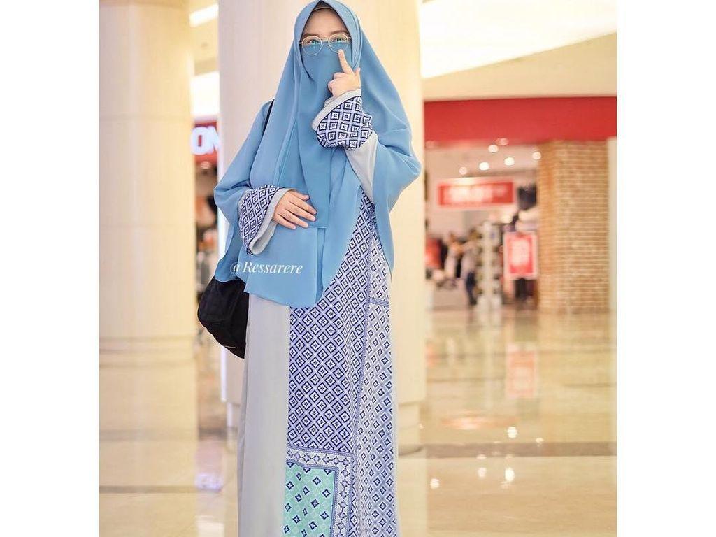 Foto: 10 Gaya Hijab Colorful Aktris Ressa Rere yang Bercadar