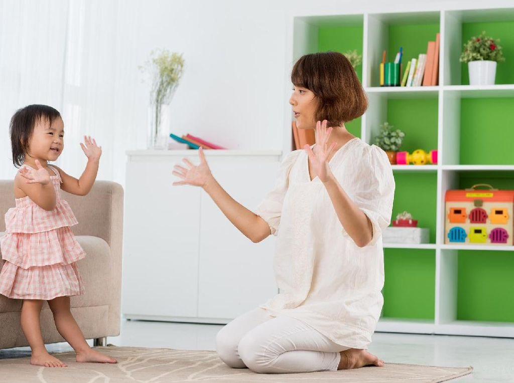 Agar Anak Cerdas, Stimulasi Otak Anak dengan Cara Ini Ya, Bun