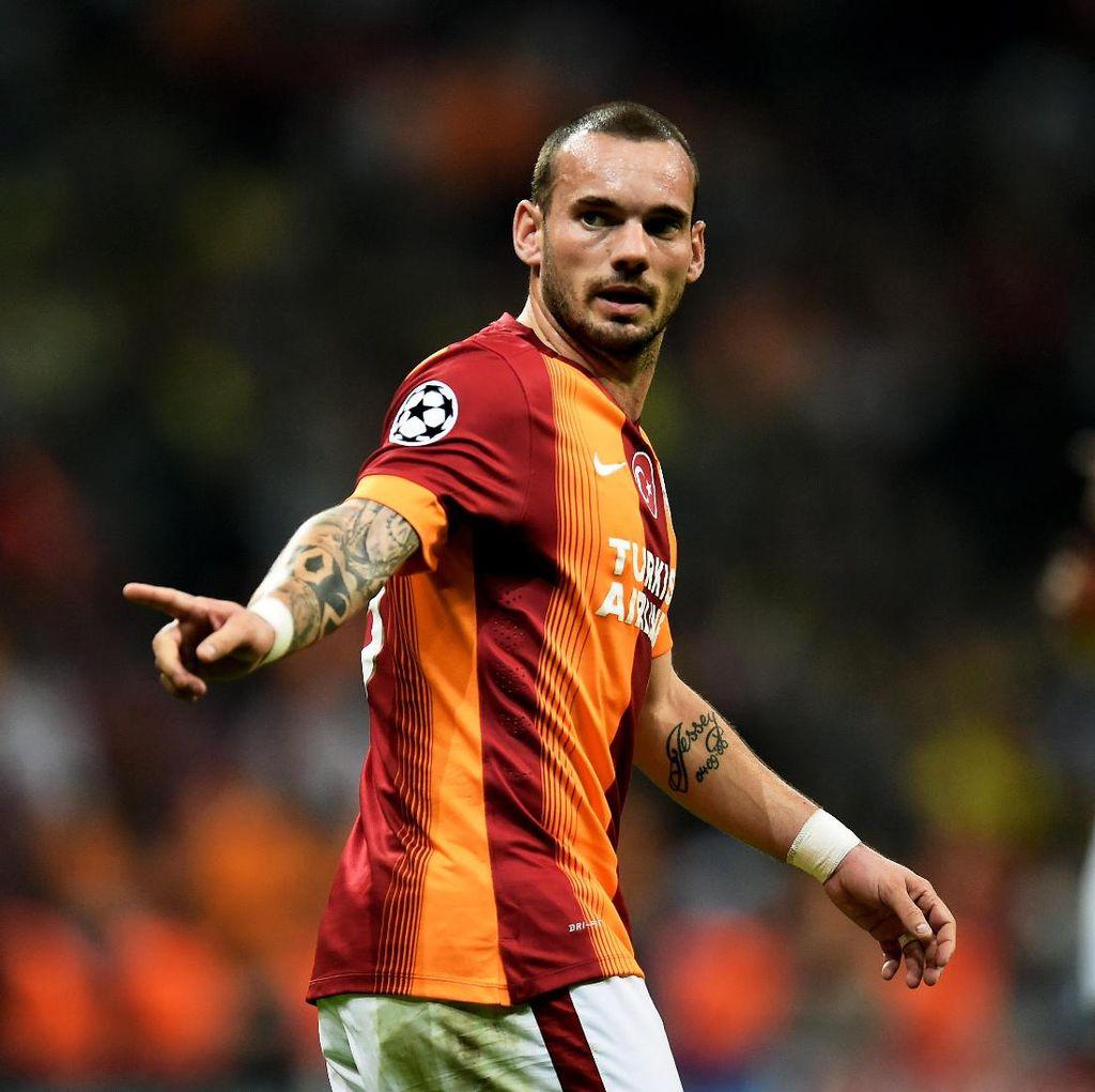 Sneijder Resmi Gabung Nice
