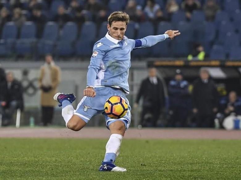 Milan Resmi Gaet Lucas Biglia