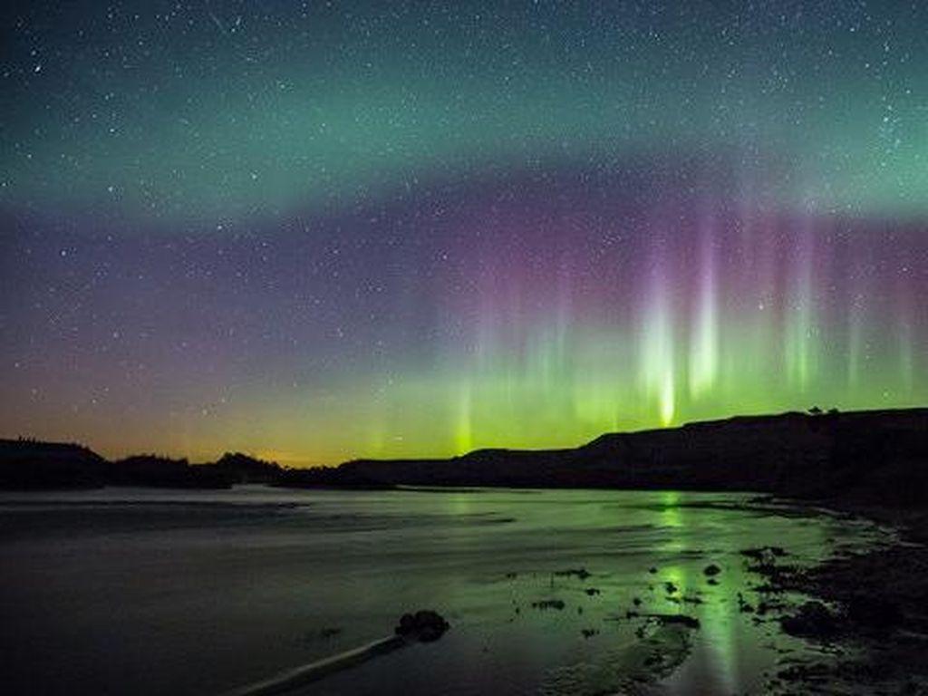 Beruntung Banget, Penumpang Pesawat Ini Jumpai Aurora Borealis