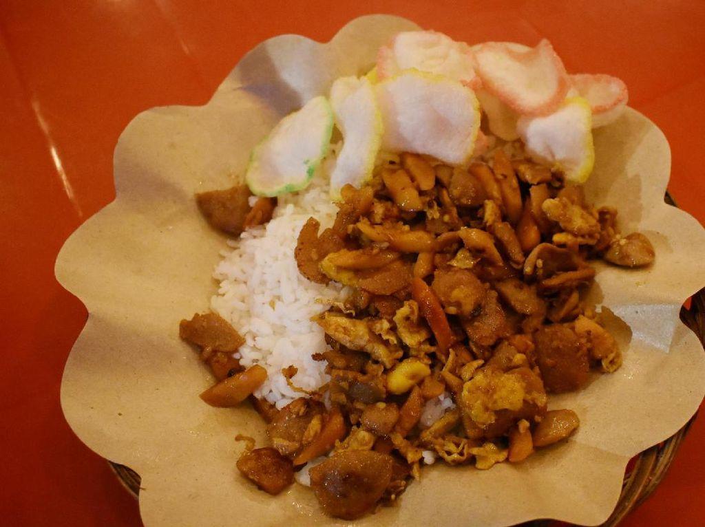 Makan Nasi Gila Sampai Kepiting Asap di 5 Warung Tenda Kawasan Serpong